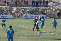 EMRAH YıLMAZ - İzmir Süper Amatör Lig Açıklaması Foça Belediyespor Açıklaması 1 - Özçamdibispor Açıklaması 3