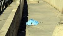 TRAFİK POLİSİ - Kadın Sürücünün Çarptığı Yaşlı Adam Hayatını Kaybetti