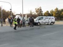 HÜSEYİN ÇELİK - Kaza Anı Güvenlik Kameralarına Yansıdı