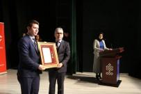 ALPASLAN KAVAKLIOĞLU - Niğde'de Şehit Ailelerine Ve Gazilere Devlet Övünç Madalyası Verildi