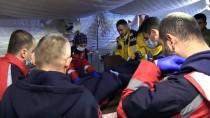 ENGELLİ KADIN - Ölüme Terk Edilen Engelli Afrinli Kadını Türk Askeri Kurtardı