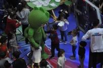 DÖVME - Pijamaskeliler Forum Mersin'de Çocukların İlgi Odağı Oldu