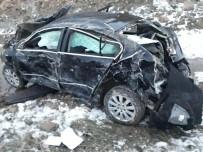Sorgun'da Otomobil Devrildi Açıklaması 4 Yaralı