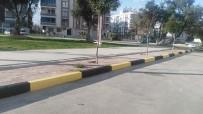 KALDIRIMLAR - Alaşehir Belediyesinin İstasyon Mahallesindeki Çalışmaları Hız Kesmiyor