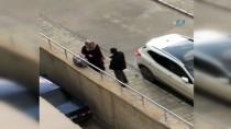 VAN CUMHURİYET BAŞSAVCILIĞI - Bebekli Kadına Tekme Atılmasına Soruşturma