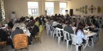 SAÇ KESİMİ - Büyükşehir Belediyesi Yaşlıları Yemekte Buluşturdu