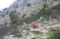 KEÇİ - Dağda Mahsur Kalan Keçiler İçin Seferber Oldular