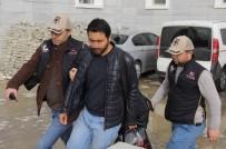 KIMYA - FETÖ'den Aranan Öğretmen Apartmanın Çatı Katındaki Havalandırma Boşluğunda Yakalandı