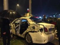 KIRMIZI IŞIK - Kavşaktaki Kazalara Tepki Gösteren Vatandaşlar Yolu Kapattı