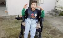 KÜÇÜK ÇOCUK - Mert Ali'nin Tekerlekli Sandalyesinin Aküsünü Çaldılar