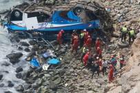 PERU - Peru'da Otobüs Uçuruma Devrildi  Açıklaması En Az 48 Ölü