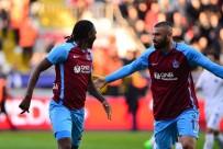 OLCAY ŞAHAN - Trabzonspor Sol Gösterip, Sağ Vurdu
