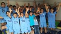 U-14 Gençler Ligi'nde 7 Mart Kadirli Demirspor Şampiyon