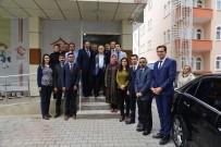 Vali Necati Şentürk Aile Ve Sosyal Politikalar İl Müdürlüğünü Ziyaret Etti