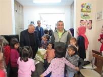 KEMAL ÇEBER - Yuvada Kalan Çocuklara Yeni Hediyeleri Vali Amcalarından