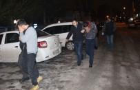 Çaldıkları Otomobil İle Hırsızlık Yapamadan Yakalandılar