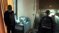 RADYOTERAPİ - Kanser Hastası Babalarına Destek İçin Saçlarını Kazıttılar