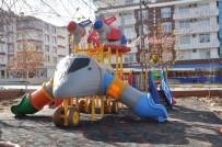 MEHMET UZUN - Mehmet Uzun Parkı Yeniden Düzenlendi