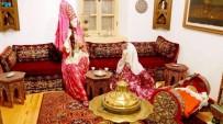 DOĞANBEY - Osmanlı Kıyafetlerini Müzesinde Sergiliyor