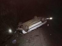 BALıKÖY - Tavşanlı'da Trafik Kazası 1 Ölü 2 Yaralı