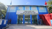 SOMALİLAND - TDV'den Tarihi Lisede Öğrencilere Eğitim