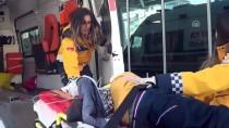 Üzerine Reklam Panosu Düşen Çocuk Ağır Yaralandı
