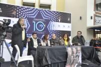 DENİZ ORAL - 'Vay Sen Misin Ben Olan' Oyuncuları Forum Mersin'de Hayranlarıyla Buluştu