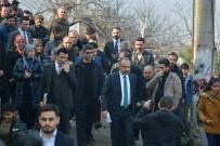 TOPRAK KAYMASI - Büyükşehir Belediye Başkanı Heyelan Bölgesinde İnceleme Yaptı