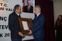 HAKKARI VALILIĞI - Hakkari'de Devlet Övünç Madalyası Ve Beratı Tevcih Töreni