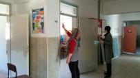 OKUL BİNASI - Hep Birlikte Okullarını Boyuyorlar