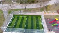 HÜSEYİN ÜZÜLMEZ - Kartepe Belediyesi Parklara Futbol Sahaları İnşa Ediyor