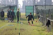 SAKARYASPOR - Sakaryasporlu Futbolcular, Hacettepe Maçının Hazırlıklarını Sürdürüyor