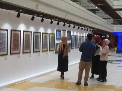 'Suyun Naif Sırrı' isimli ebru sergisi  sanatseverler ile buluştu