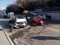 ÇENGELKÖY - Üsküdar'da Trafik Kazası Açıklaması 2 Yaralı