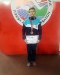 SALON ATLETİZM ŞAMPİYONASI - Uzun Atlamada Bronz Madalya Osmangazi'nin
