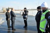Vali Meral, Polis Ve Jandarma Uygulama Noktalarını İnceledi