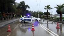 İNCIRLIK - Adana'da Sağanak Hayatı Olumsuz Etkiledi
