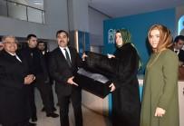 MEZAR TAŞLARı - Aile Ve Sosyal Politikalar Bakanı Kaya Ahlat'ta