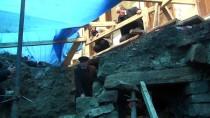 Altyapı Çalışmasında Bulunan Tarihi Yapı 'Türbe' Çıktı