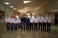 AVRUPA ŞAMPİYONU - Başarılı Sporculardan Başkan Başsoy'a Ziyaret