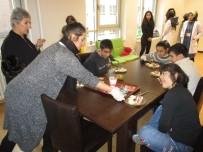 PSİKOLOJİK DESTEK - Down Sendromlu Muhammed'in Türkiye'deki Eğitimi Sürüyor