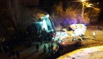 Hakkari'de Trafik Kazası Açıklaması 5 Yaralı
