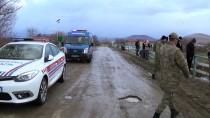 CEYHAN NEHRİ - Kahramanmaraş'ta Hafif Ticari Araç Nehre Devrildi Açıklaması 1 Ölü