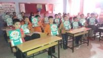 MURAT GÜVEN - Kula'daki İlkokullarda Takvim Dağıtımına Başlandı