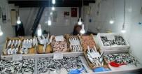 BALIKÇI ESNAFI - Mezgit Et Fiyatlarıyla Yarışıyor