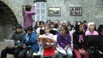 23 NİSAN ULUSAL EGEMENLİK VE ÇOCUK BAYRAMI - Müzik Çocuklar Arasında Dostluk Köprüsü Kurdu