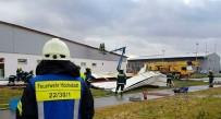 TREN RAYLARı - Şiddetli Fırtına Almanya'yı Felç Etti