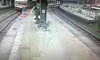 TREN KAZASı - Trene binmek için acele edince...