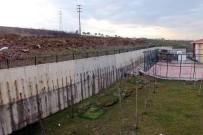 İSTİNAT DUVARI - Yalova'da Faciaya Ramak Kaldı