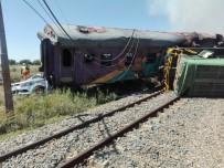 YOLCU TRENİ - Yolcu Treni Kamyona Çarptı Açıklaması 4 Ölü, 40 Yaralı